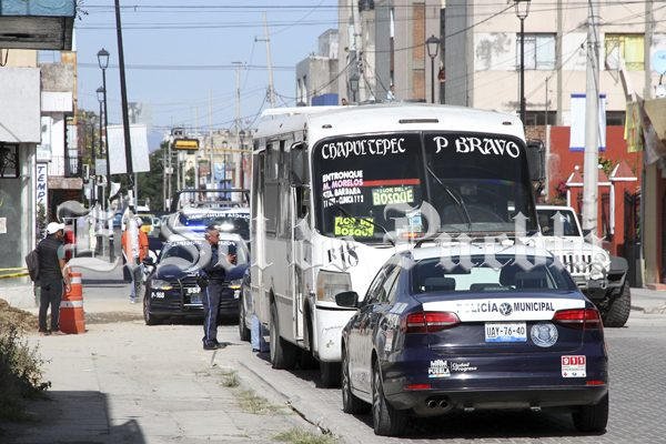 De chofer a héroe, identifica a asaltantes e impide atraco en Puebla
