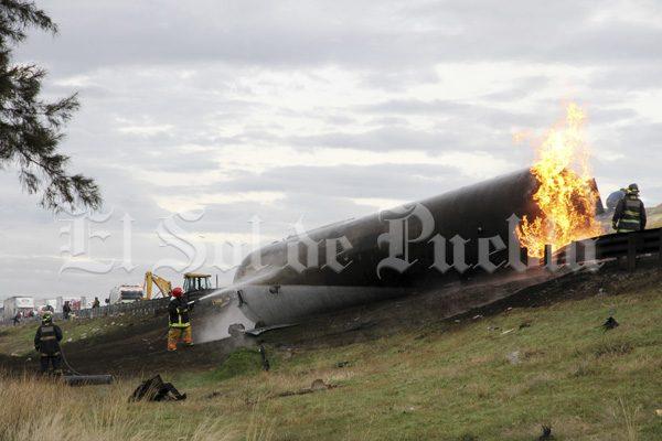 Explota pipa con gas LP en la Puebla-Córdoba