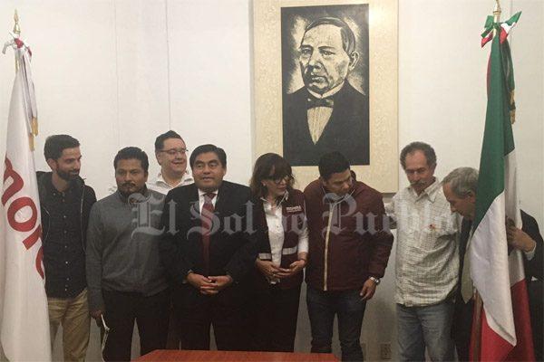 Barbosa se perfila como candidato a la gubernaturade Morena en Puebla