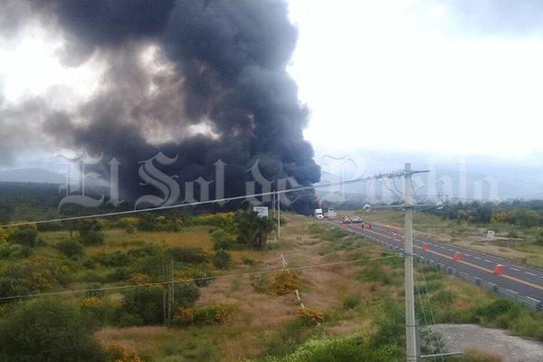 Explota pipa en la carretera Cuacnopalan-Oaxaca