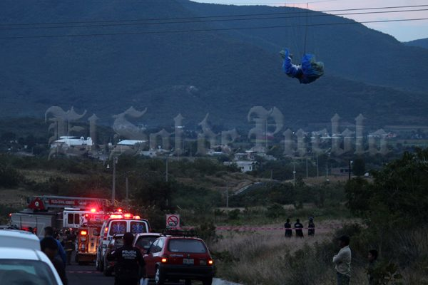Paracaidista se electrocuta con cables de alta tensión en Chalchihuapan