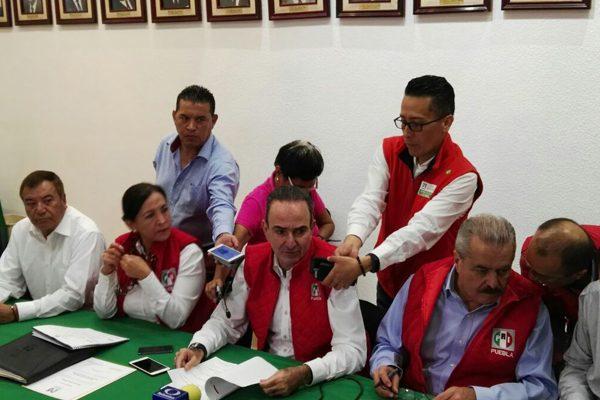 Ratifica PRI Puebla método de convención de delegados para candidatos federales