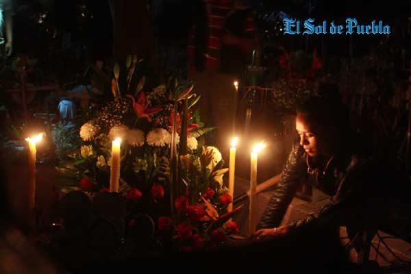 Velan a sus muertos en México