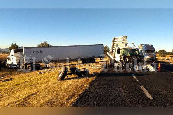 Fallece una persona  tras choque en la autopista Amozoc-Perote