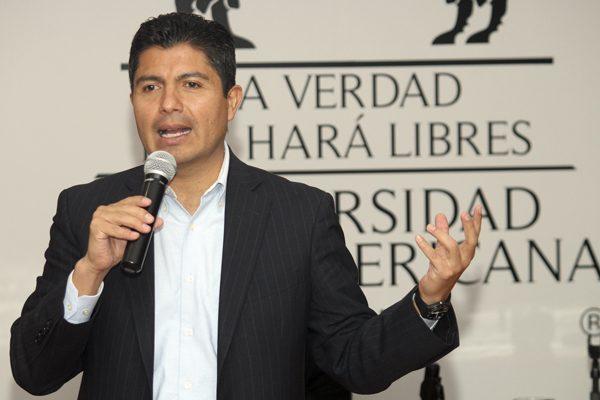 Regidores de Puebla respaldan permanencia de Eduardo Rivera en el PAN
