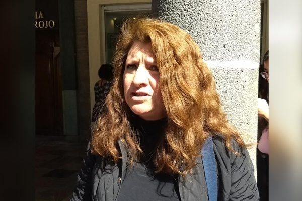 """Que no haya """"chivos expiatorios"""", pide hermana de profesora asesinada"""