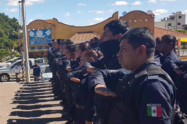 Balean nuevamente a policías en San Salvador El Verde