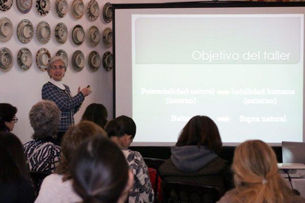 Imparten taller para guías de la enseñanza Montessori