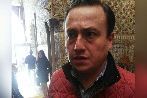Propone diputado que edil de Tecamachalco se disculpe en privado con regidoras