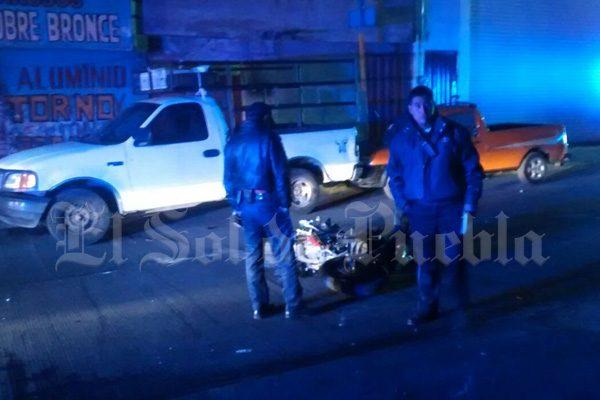 Motociclista ebrio termina lesionado al derraparen calles de Texmelucan