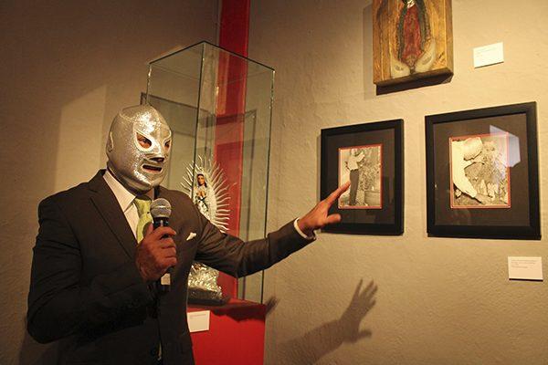 """""""El Santo, el enmascarado de plata 100 años"""", la nueva exposición de Casa de Cultura de Puebla"""