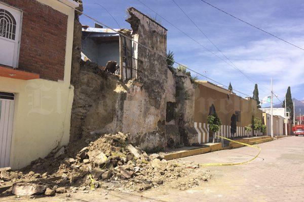 Tecuanipan y Calpan, a la espera del apoyo federal tras terremoto