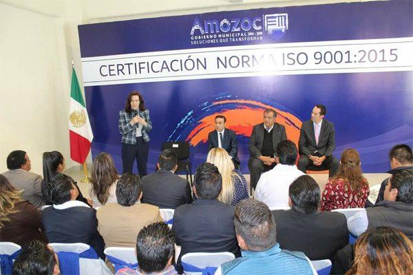 Recibe Amozoc certificación en transparencia de recursos