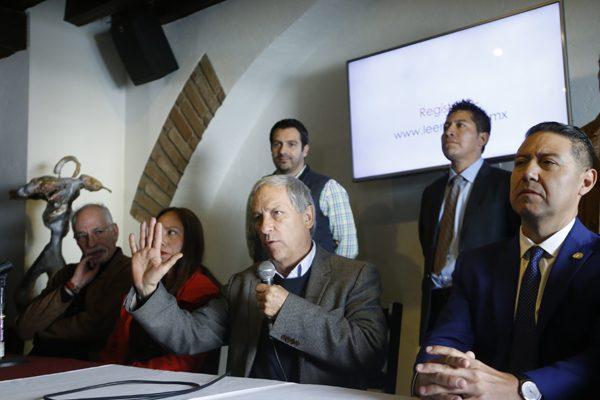 Presenta Enrique Cárdenas a nuevos aspirantes a candidatos independientes
