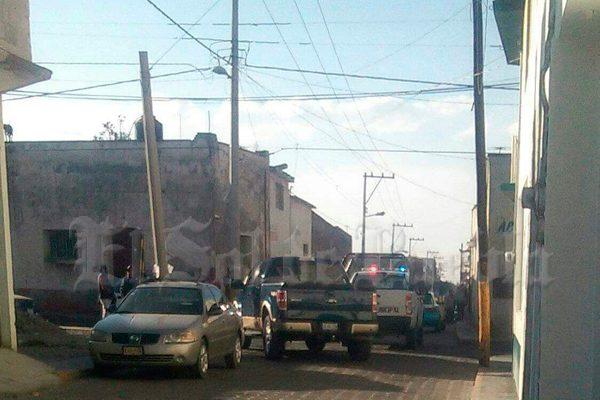 Retienen pobladores de Tlachichuca a dos presuntos ladrones