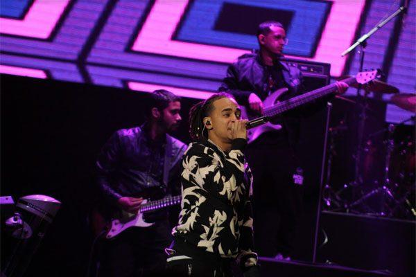 Ozuna solo cantó una hora en su tan polémico concierto en Acrópolis