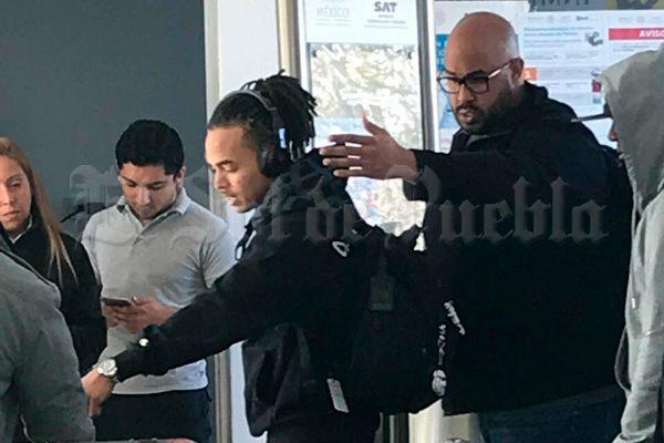 [Exclusiva] Ozuna llega al aeropuerto de Puebla