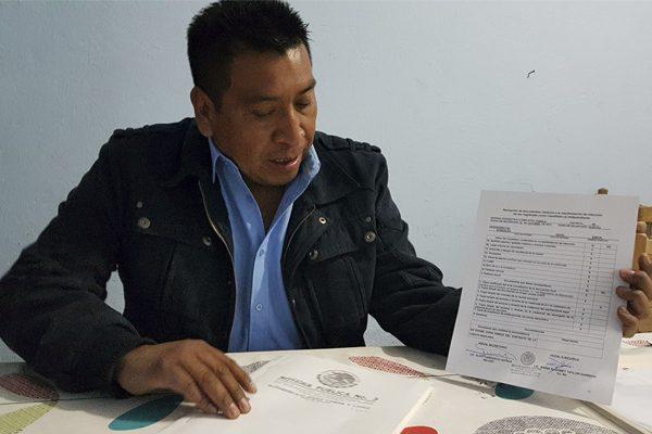 Candados y tiempos cortos, acusan independientes en Texmelucan