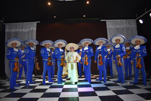 México festejaría los 67 años de Juan Gabriel