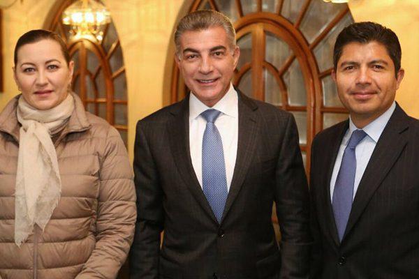 Imparcialidad en elecciones, piden PRI y Morena al gobernador de Puebla