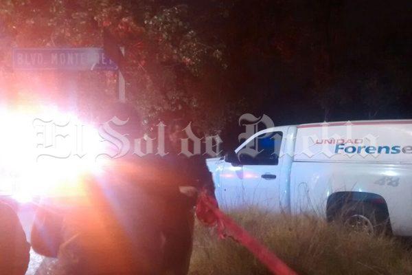 Mujer se suicida ahorcándose en un árbol en barranca de Puebla