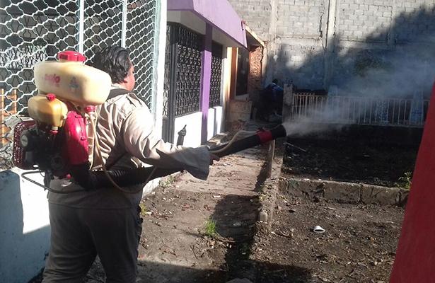 Fumigan panteones de Chiapas para evitar zika