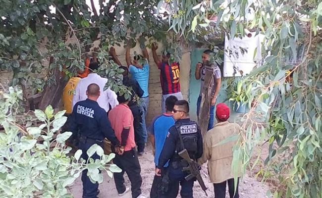 De polizonte, familias enteras migran a bordo del tren