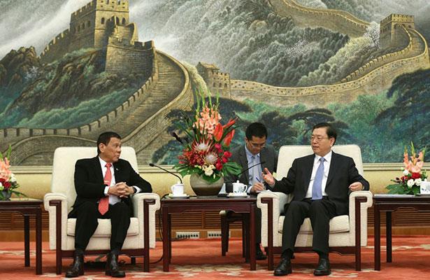 "Presidente filipino anuncia en China su ""separación"" de EU"
