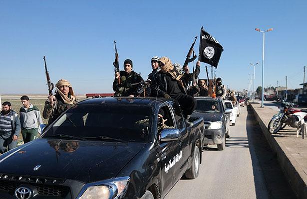 Expertos militares prevén que el Estado Islámico podría caer en pocas semanas