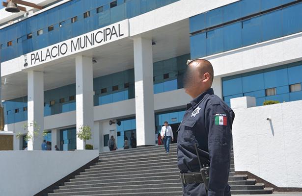 Investigan a 278 policías de Naucalpan por nexos con crimen organizado