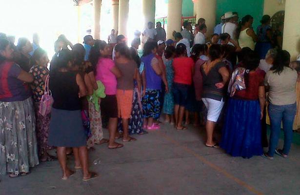 Por primera vez en Chimalapas participan mujeres como candidatas a regidoras