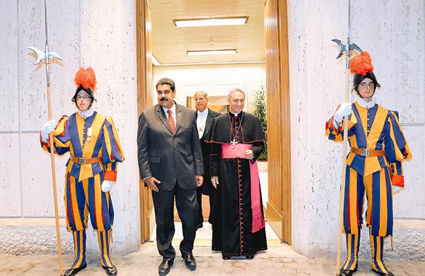 Recibe el Papa al presidente Nicolás Maduro