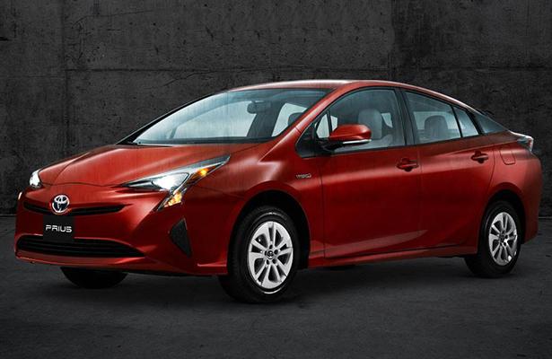 Profeco alerta sobre fallas en frenos de nuevo Toyota; involucrados seis mil 14 vehículos