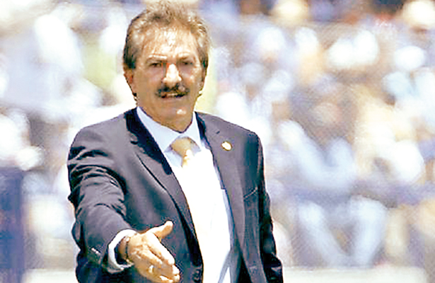 Chivas pasó a semifinal gracias al arbitro: Ricardo La Volpe