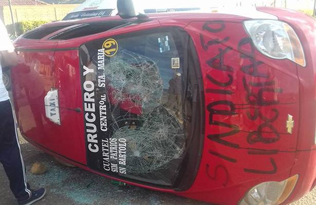 Heridos y daños deja enfrentamiento entre mototaxistas