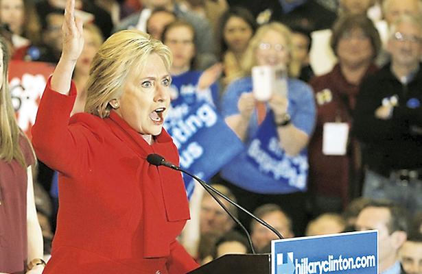 "Fans de Hillary  le sacan jugo  a su ""apoyo"""