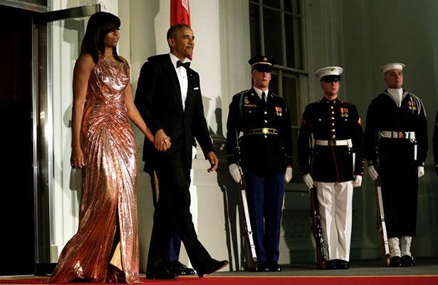 Michelle Obama luce espectacular en su última cena de Estado