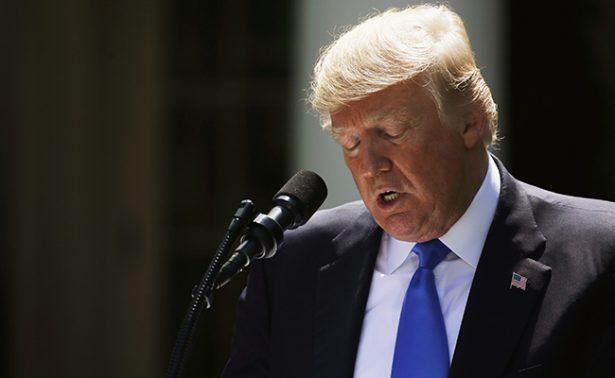 Dimiten seis expertos que asesoraban a Trump sobre lucha contra el Sida