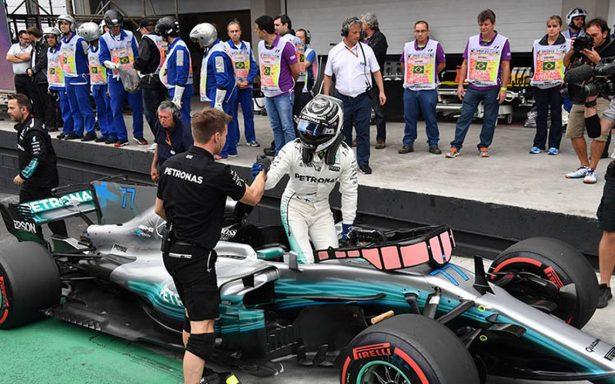 Valteri Bottas logra la pole en el GP Brasil; Hamilton saldrá último