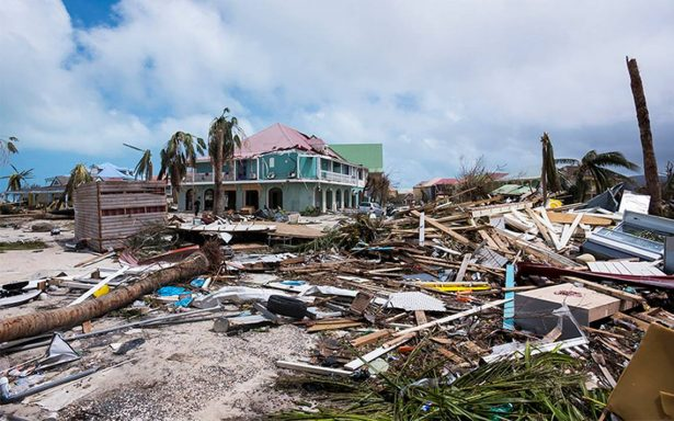Reportan nueve muertos y 112 heridos por Irma en Antillas francesas