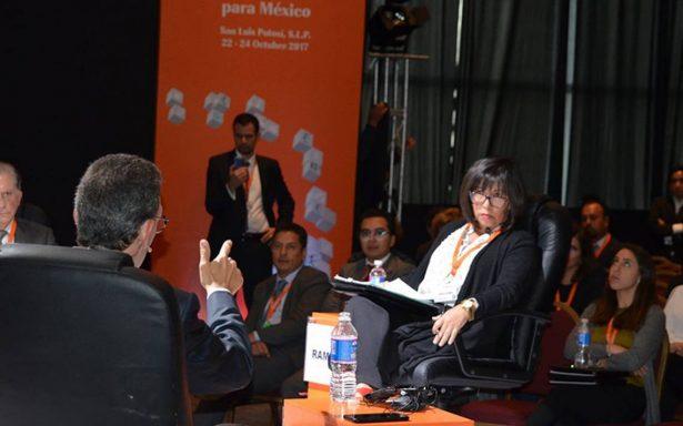 Resaltan importancia de las TIC en las empresas tras Cumbre de Negocios 2017