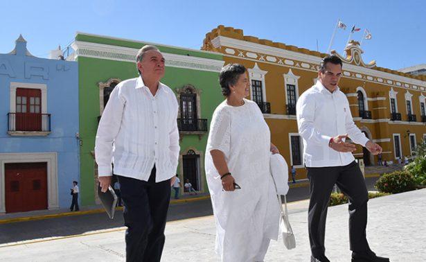 Gobernador de Campeche recibió  a Beatriz Paredes