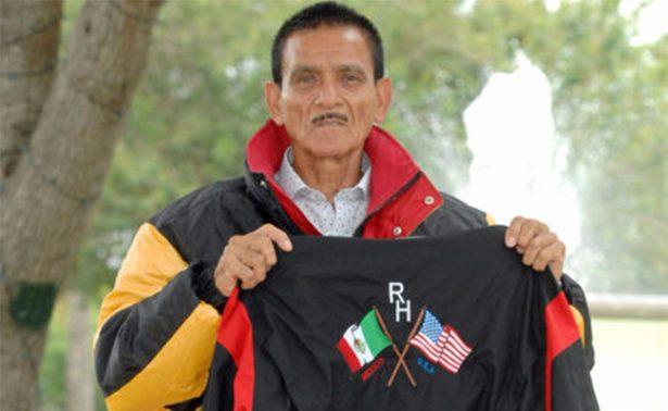 Mexicano de 72 años recauda fondos para cumplir su sueño: escalar el Everest