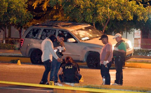 Cancún, en tensa calma tras tiroteo que deja un muerto