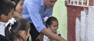 benefician programas a más de 1,900 familias