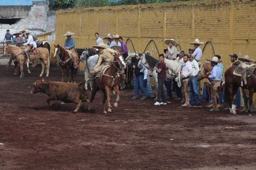 """Arranca Torneo Estatal del Centro """"Don Carlos B. Muñoz Gómez"""""""