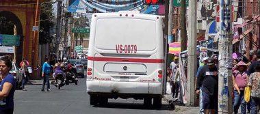 Aplicará tránsito sanciones a quienes tiran basura mientras manejan