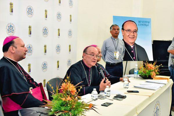 Jóvenes, prioridad del nuevo obispo
