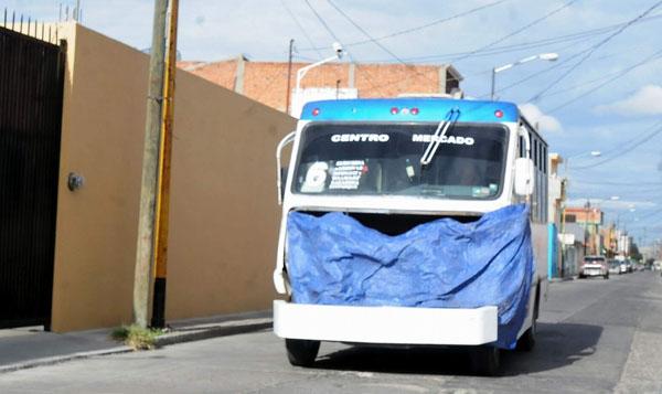Inicia revista a 340 camiones urbanos