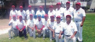 """Amigos y Servicio Arguello cortan """"alas"""" al campeón defensor Águilas"""